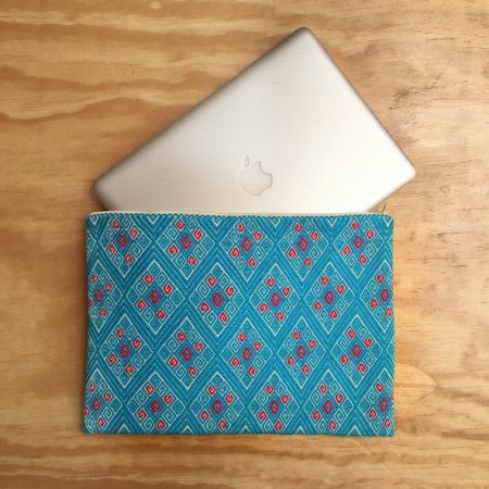 funda-laptop-azul-huipil